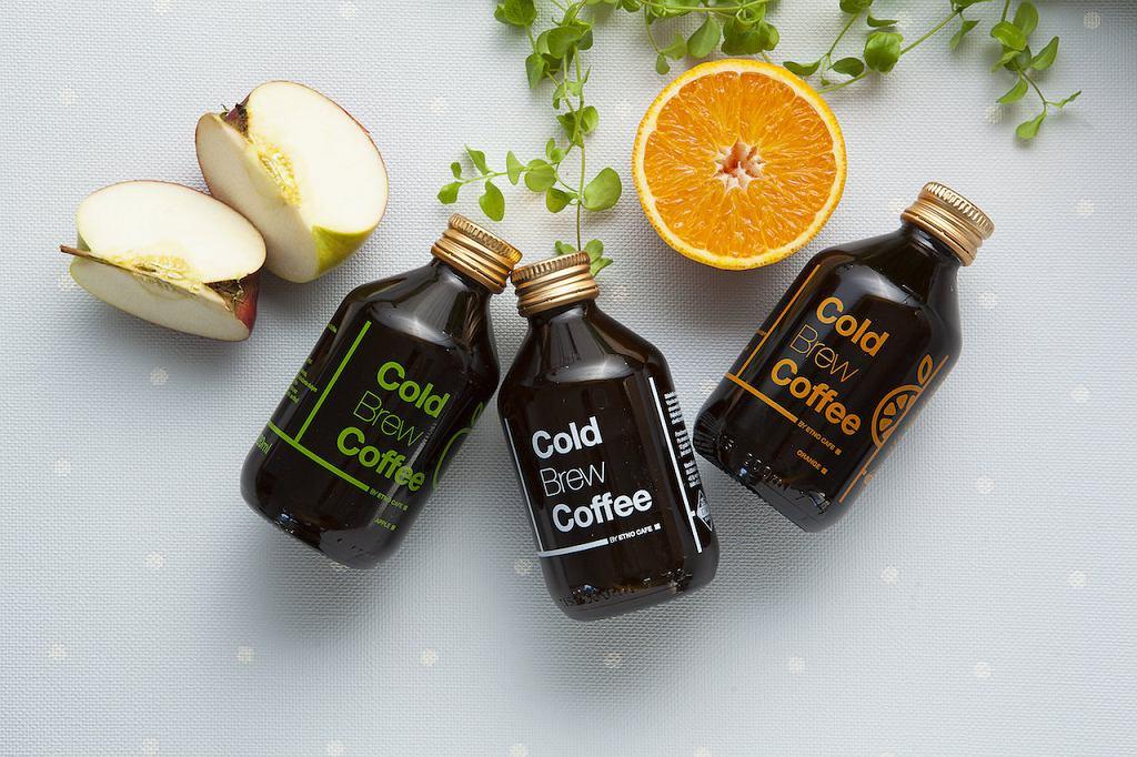 Cold Brew Coffee w trzech różnych smakach produkuje wrocławska palarnia kawy Etno Cafe