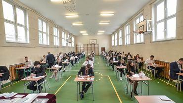 8.06.2020, matura z języka polskiego w III LO w Zielonej Górze.