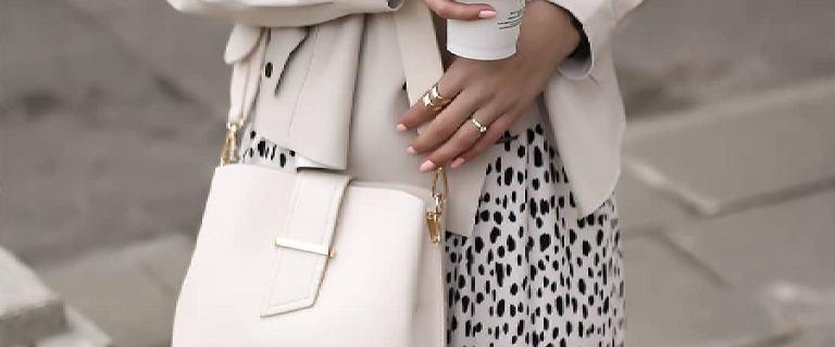 Te modne torebki Mohito damskie są uwielbiane przez kobiety. Teraz nie musisz przepłacać!