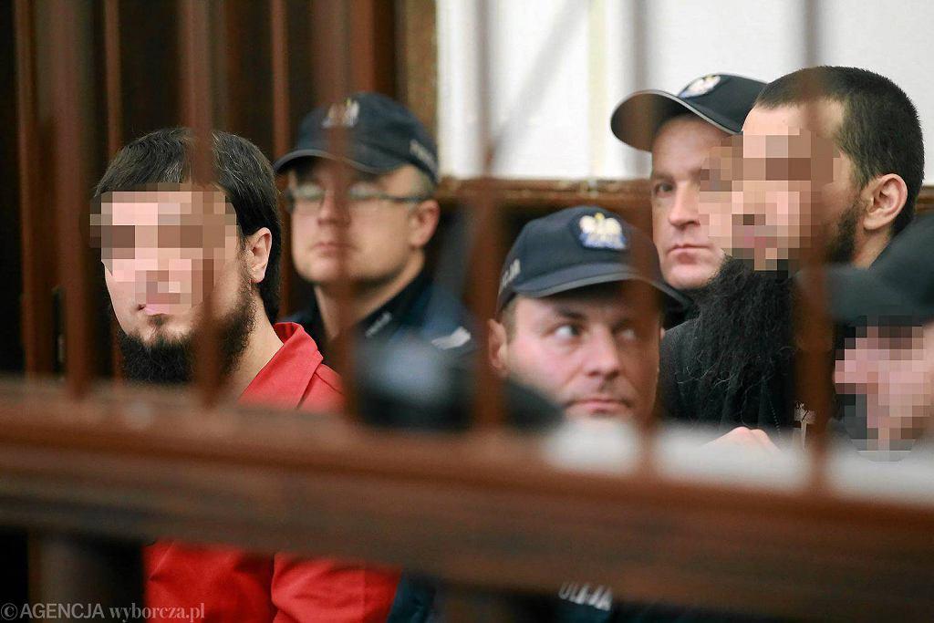 Sąd Okręgowy w Białymstoku. Początek procesu czterech Czeczenów, oskarżonych o wspieranie tzw. państwa islamskiego