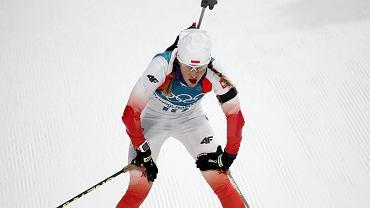Biathlonistka Weronika Nowakowska podczas biegu na 7,5 km. Zimowe Igrzyska Olimpijskie, Pjongczang, 10 lutego 2018