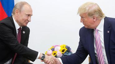 Donald Trump i Władimir Putin na szczycie G20 w Osace