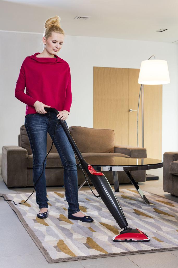 Zdezynfekuj dywany przy pomocy mopa parowego