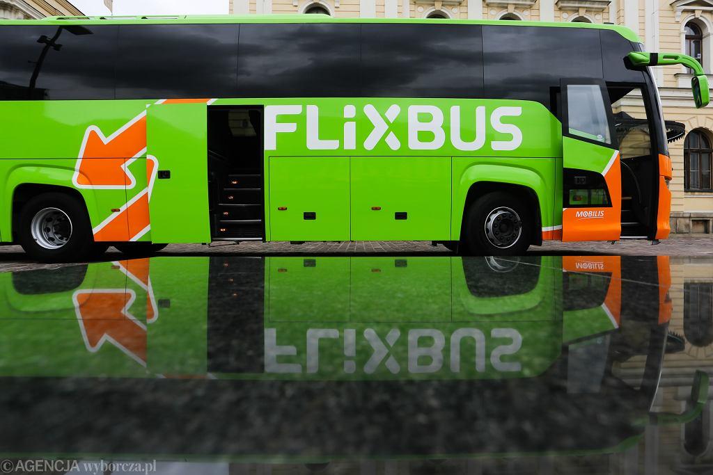 Autokar przewoźnika Flixbus