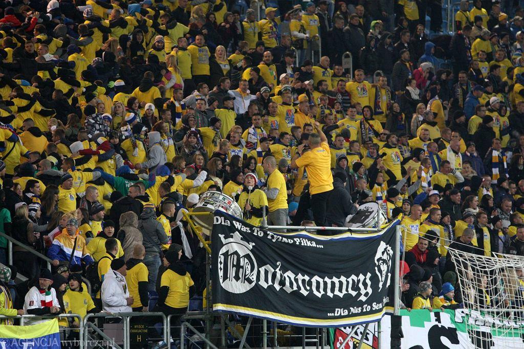 Kibice Motoru z utęsknieniem czekają na awans do II ligi