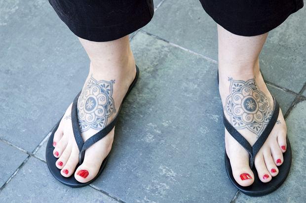 Operacje Tatuaże Piercing Pozwólmy Ludziom żyć Jak Chcą