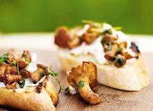 Bruschetta z grzybami i serem ricotta - ugotuj
