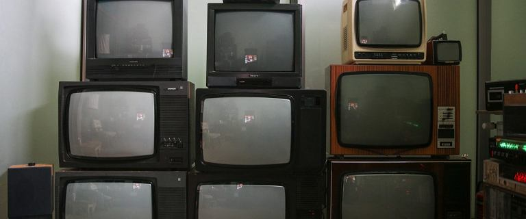 Nie opłacasz abonamentu RTV? Urzędnicy mają prawo zająć twoje wynagrodzenie