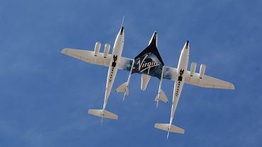 WhiteKnightTwo (WK2) i SpaceShipTwo (SS2)
