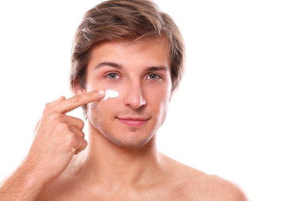 Męski krem do twarzy. Jak go wybrać?