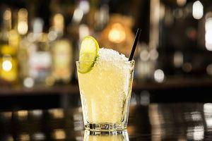 Popularne drinki - nazwy, przepisy. Jakie są klasyczne drinki?
