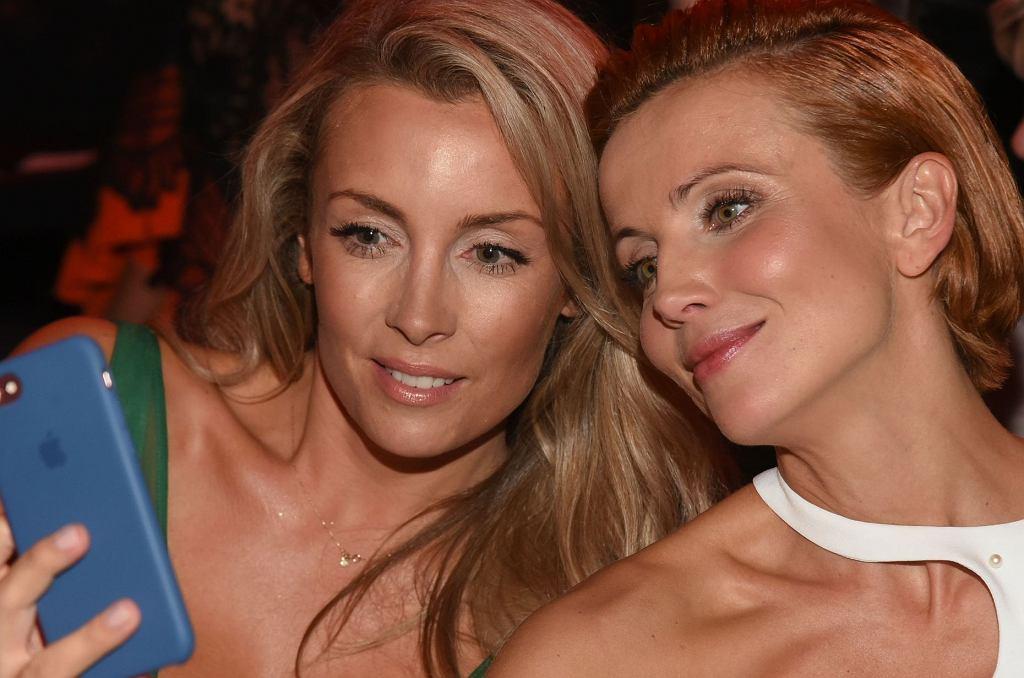 Karolina Ferenstein-Kraśko i Katarzyna Zielińska na imprezie magazynu 'Flesz'