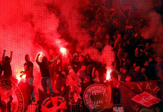 Liga Mistrzów. Gorąco w Mariborze. Kibice Spartaka przerwali mecz. Wcześniej zamieszki na ulicach