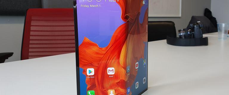 Huawei Mate X w sklepach jeszcze w październiku. Kiedy pojawi się w Polsce?