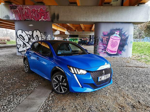 Peugeot 208 wzywany na akcję serwisową. Zawieszenie może się rozkręcić