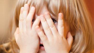 Dla trzylatki to bardzo ważne, że w przyjaznych i bezpiecznych warunkach może uczyć się i poznawać różnice budowy mamy i taty