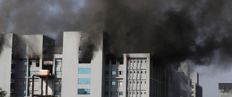 Indie. Pożar największej fabryki szczepionek na świecie. Pięć ofiar