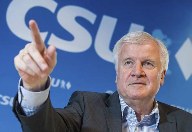 Szef CSU i minister spraw wewnętrznych Niemiec Horst Seehofer