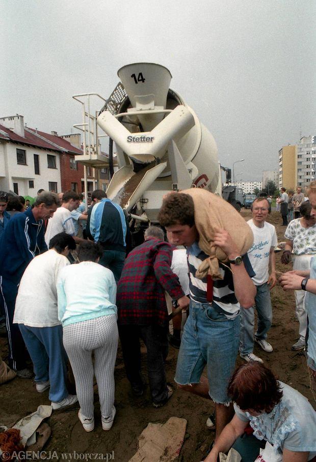 Zdjęcie numer 16 w galerii - 17 lat temu Odra zalała Wrocław. Tak wyglądało miasto [FOTO]