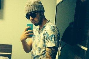 Serce na plaży i selfie przed lustrem oraz w windzie, czyli piłkarze Lechii w social mediach