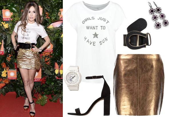 Doda i Rihanna w T-shircie Dior We should all be feminists