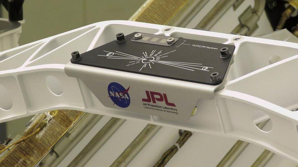 Chip z nazwiskami umieszczony na łaziku NASA