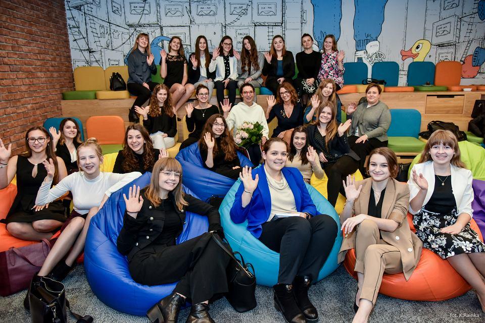 Zdjęcie numer 2 w galerii - Wśród uczennic liceów i techników jest wiele przyszłych liderek. Vital Voices Poland pomoże im w rozwoju [KONKURS]
