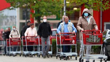 Niemcy łagodzą restrykcje w związku z epidemią koronawirusa