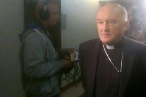 Kardynał Nycz zjawił się w sądzie. Złoży zeznanie ws. molestowania przez księdza