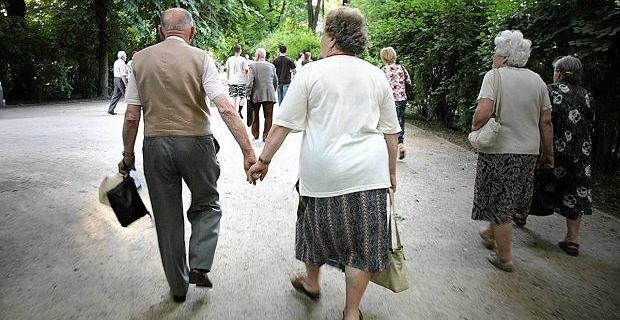 Trzynaste emerytury na stałe w kalendarzu. Przez 10 lat będą kosztowały 137 mld zł