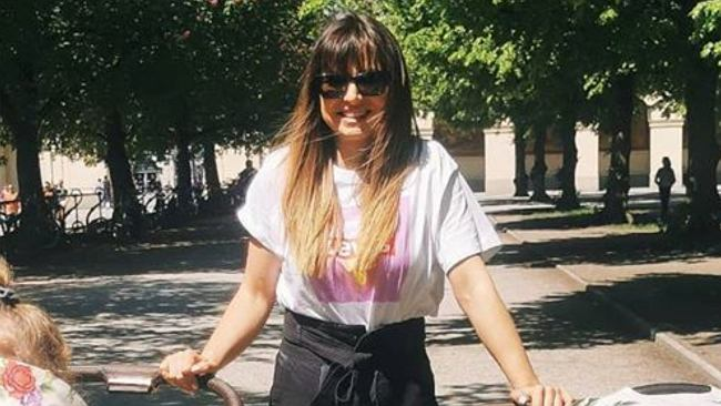 """Anna Lewandowska spaceruje z dwoma wózkami i rozmyśla nad macierzyństwem. """"Bardzo zmieniły mnie ostatnie lata"""""""