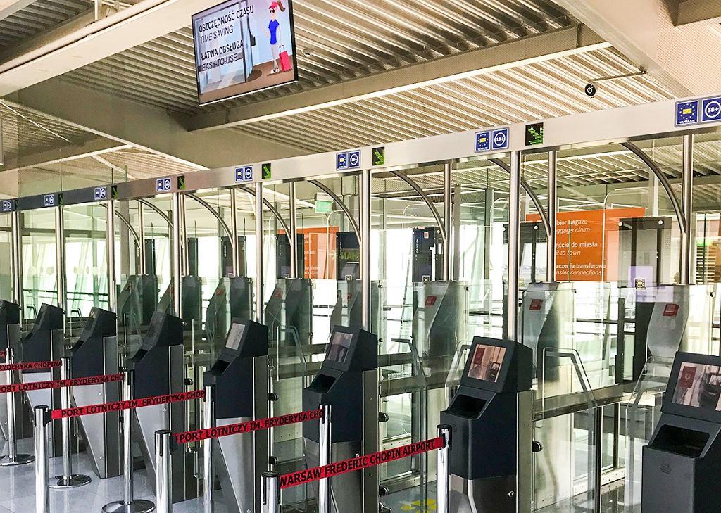 Bramki biometrycznie na lotnisku Chopina