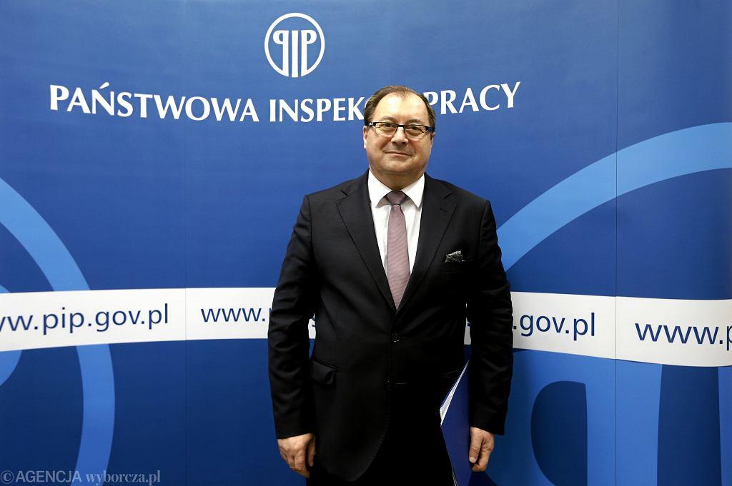 Główny inspektor pracy Wiesław Łyszczek dostał 20 tys. zł nagrody za dwa miesiące pracy