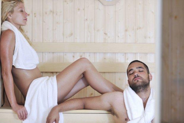 Jak się zachować w saunie? [PORADNIK PRZED PIERWSZĄ WIZYTĄ]