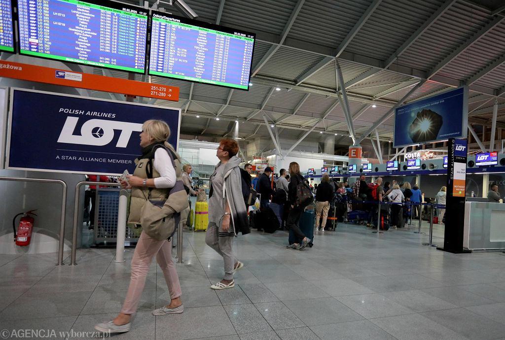 Unia otwiera się na 15 krajów spoza Schengen. Polska bez skutku walczyła o Amerykanów