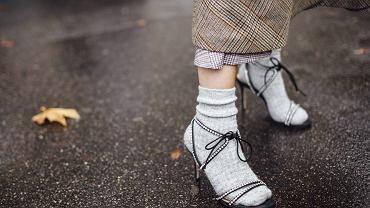 Sandały wiązane