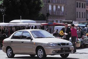 Używane auto za minimalną pensję krajową. Jest w czym wybierać