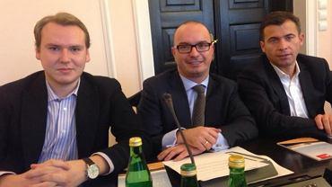 Grzegorz Gruchalski (pierwszy z lewej), szef młodzieżówki SLD