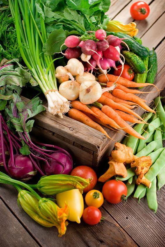 Świeże warzywa i owoce są skarbnicą witamin i błonnika
