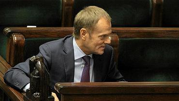 Premier Donald Tusk podczas podczas głosowania obywatelskiego projektu zaostrzającego ustawę antyaborcyjną