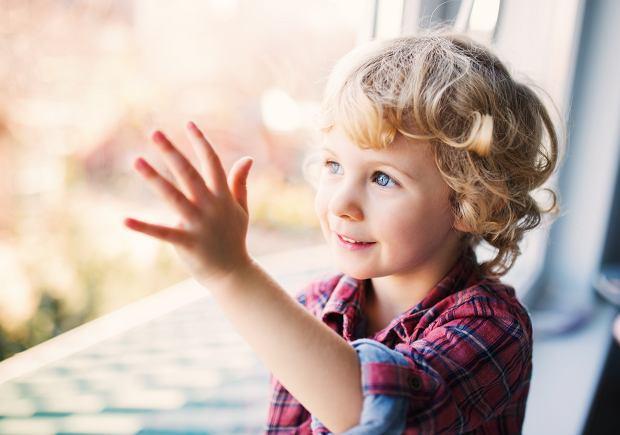 Jak dobrze wychowywać dzieci? Wystarczy codziennie robić te sześć rzeczy
