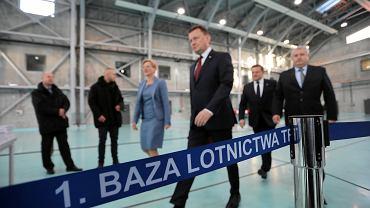 Minister obrony w rządzie PiS Mariusz Błaszczak podsumowuje 3 lata rządów partii Jarosława Kaczyńskiego. Warszawa, Okęcie, 1. Baza Lotnictwa Transportowego, 5 grudnia 2018