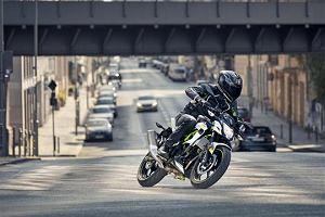 Przegląd rynku motocykli 125 ccm. Czym można jeździć na kat. B?