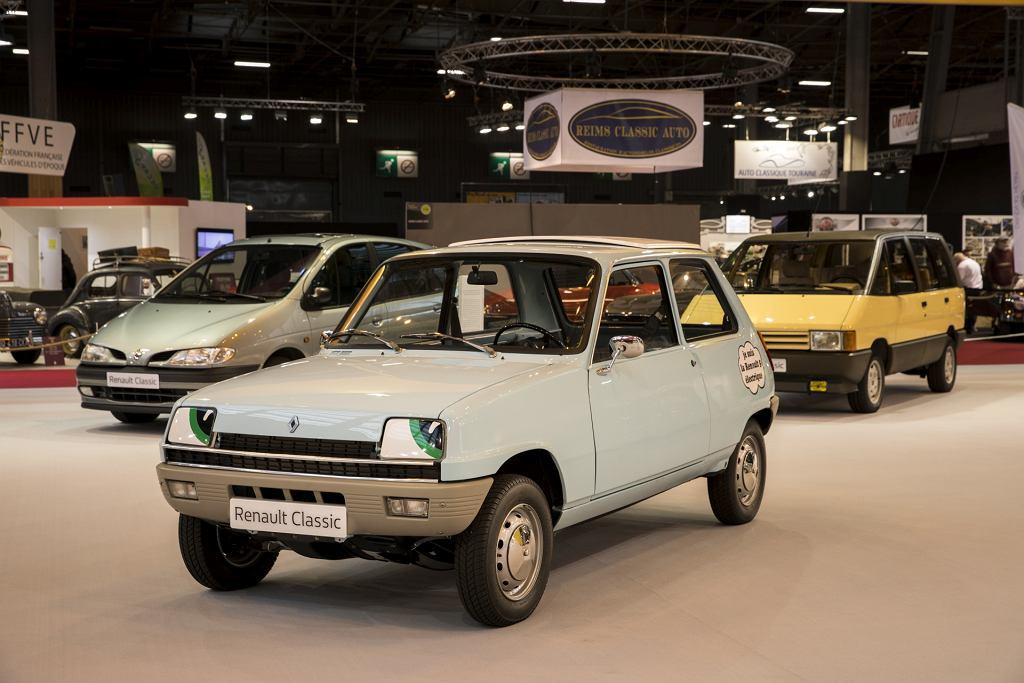Klasyczne modele Renault na wystawie Retromobile
