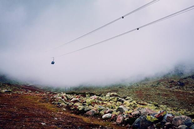 W szwajcarskich górach nie brakuje kolejek górskich, ale na zbiegu jest więcej frajdy.