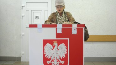 Wybory do Europarlamentu 2019. Do kiedy można się dopisać do spisu wyborców, kiedy pełne listy? [KALENDARZ WYBORCZY]
