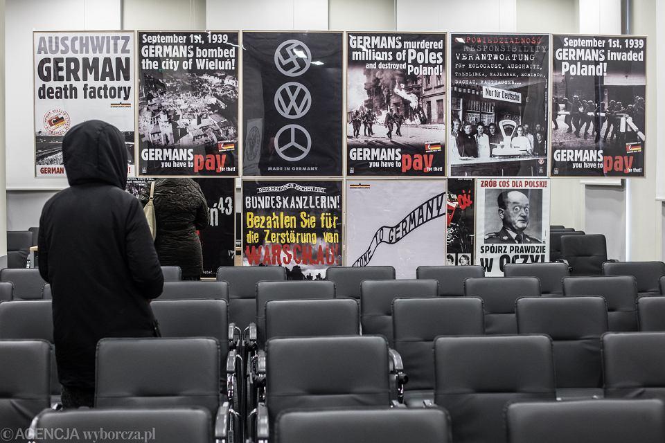 Wystawa plakatów o wymowie antyniemieckiej w lubelskim oddziale IPN, 6 marca 2018.