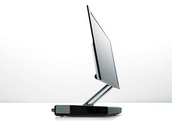 Pierwszy telewizor OLED - XEL-1