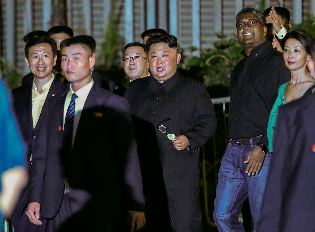 Kim Dzong Un zrobił sobie selfie w Singapurze
