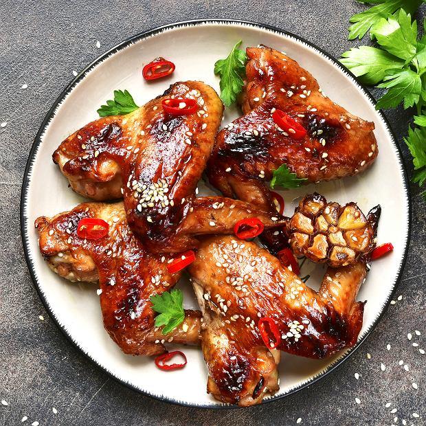 Kurczak smażony z czosnkiem na ostro